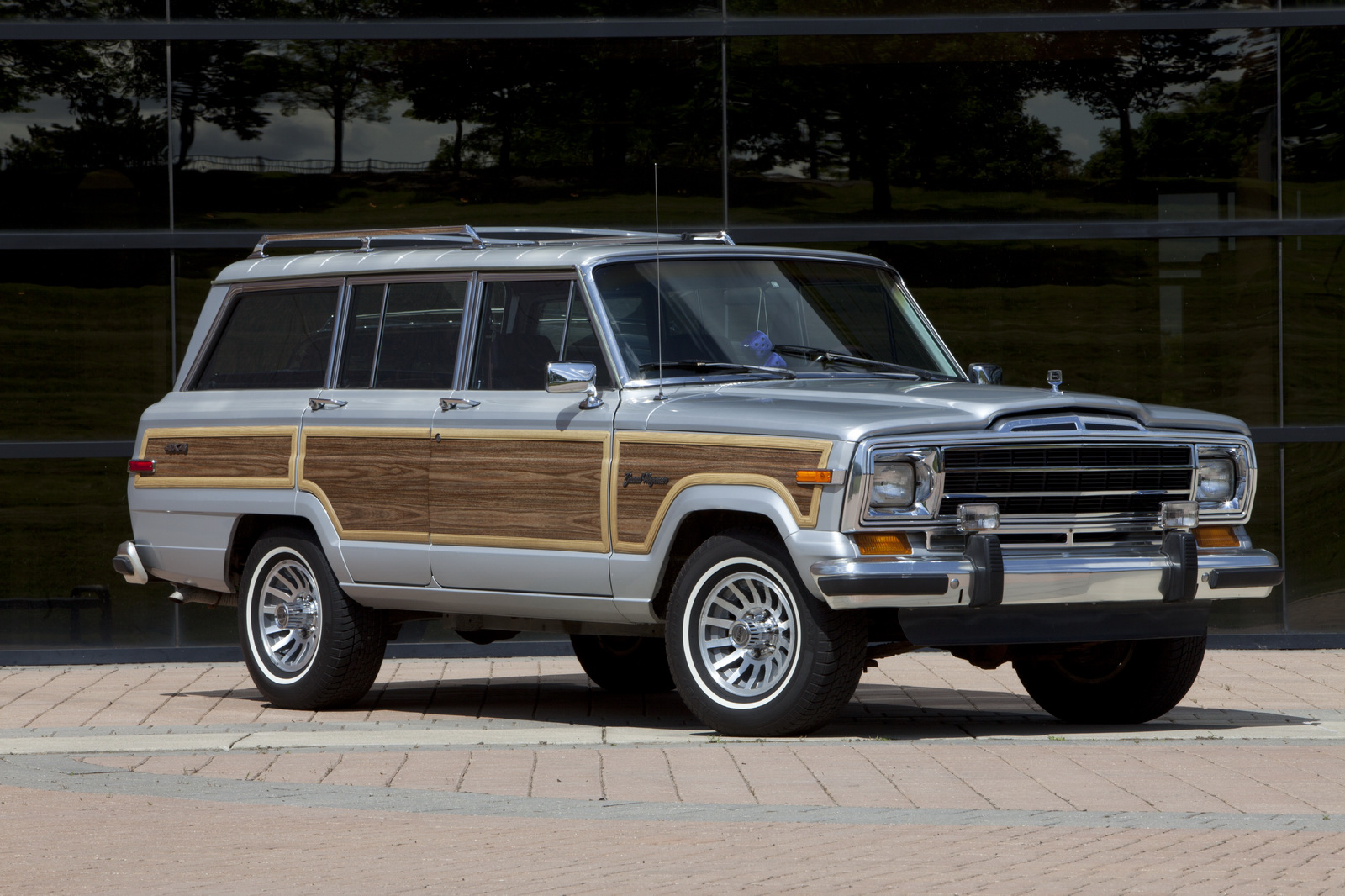 2019 Jeep Grand Wagoneer Release date Price